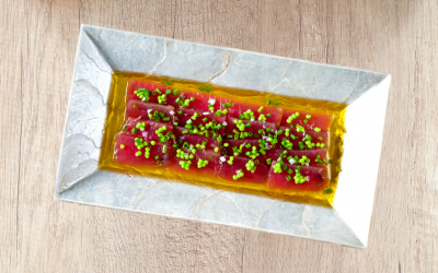 Lomos de atún con perlas de wasabi